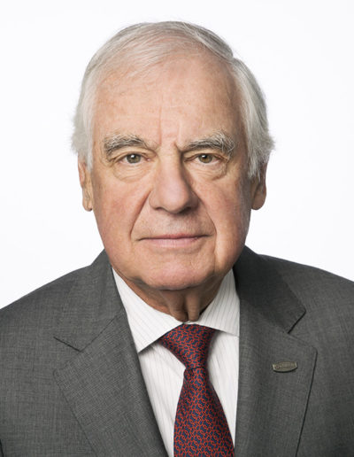 CCKAP Partner Marcel Dutil (Chairman of the Board, The Canam Group - Engineering for the pyramids)